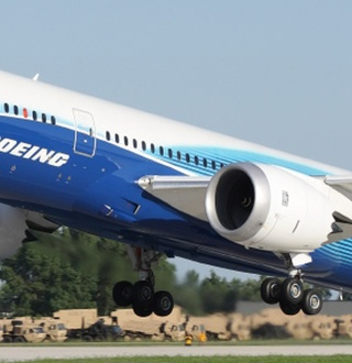 The Boeing 787: the Dreamliner Wakes up To Reality